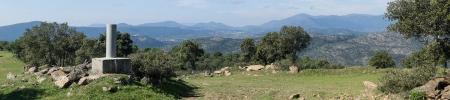 Panoramica de la cima del Alto Paradas