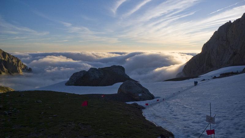 Nieblas en los valles