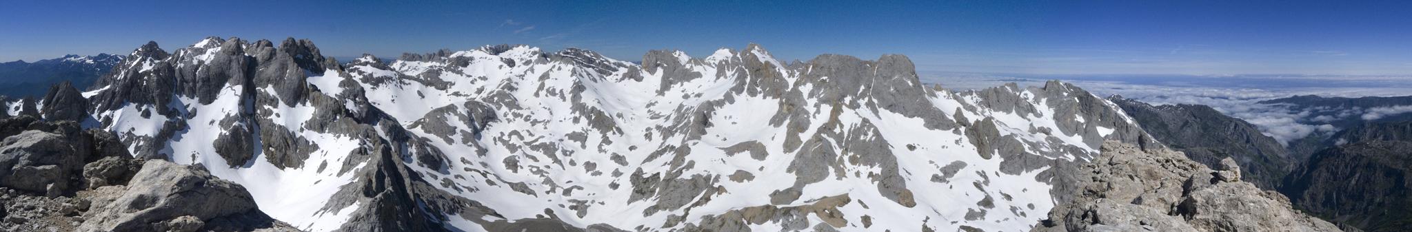 Panoramica sur-norte-oeste del Urriellu